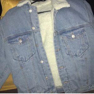 bc9b1ca4ed33 Brandy Melville Jackets   Coats - Brandy Melville Shine Sherpa lined denim  jacket